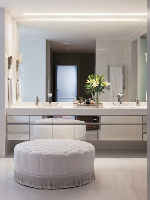 What S Not To Like Two Square Sinks Large Mirror Mirrored