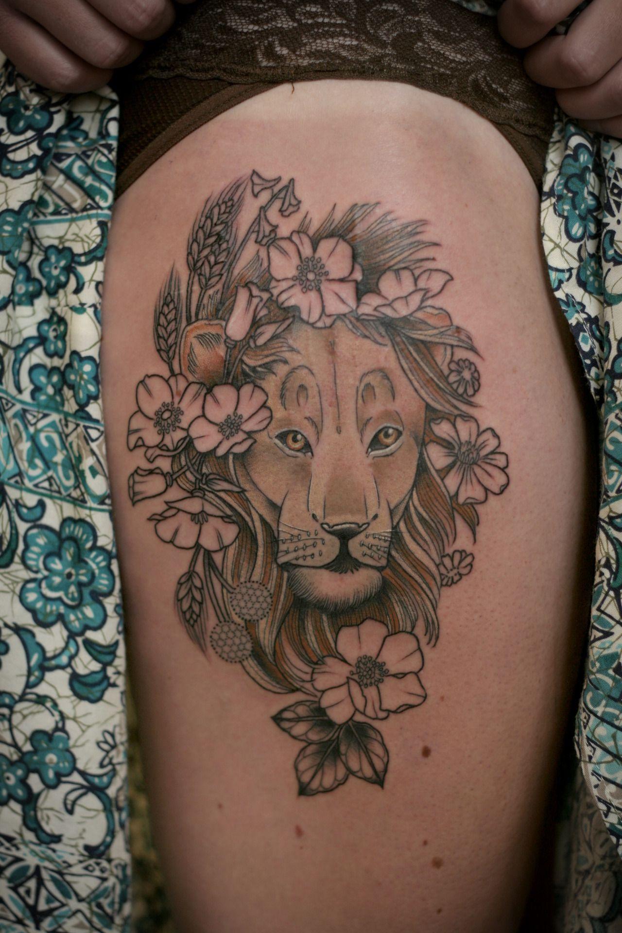 Wonderland Tattoos Kirsten Holliday like the placement