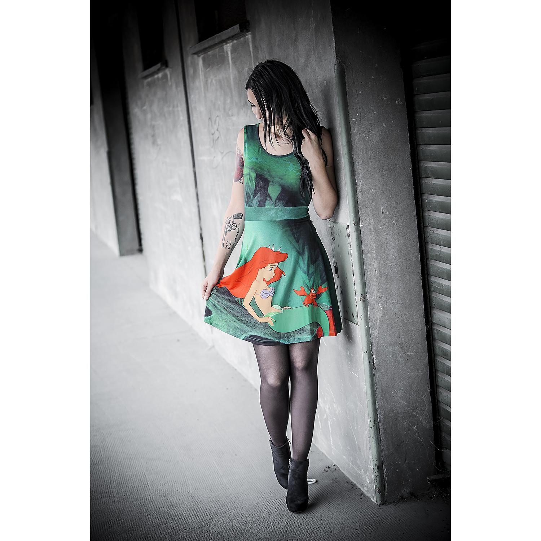 Walt Disney Kurzes Kleid Frauen Arielle Die Meerjungfrau Sebastian Grun Kurze Kleider Kleider Frau