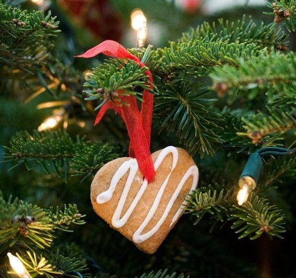 Albero Di Natale Decorato Con Biscotti.Decorazioni Per L Albero Il Biscotto A Forma Di Cuore Alberi Di Natale Ornamenti Natalizi Decorazioni Albero Di Natale