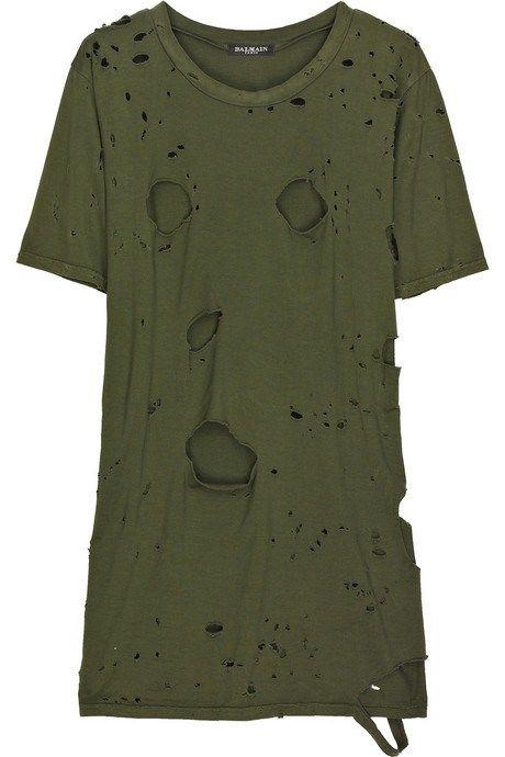 6b0ab8eeaa6a Get the PERFECT DIY Distressed Balmain T-Shirt look without having to pay  the Balmain price!