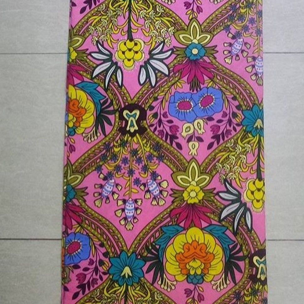 There are several ways to enable oneself look fabulous with an Ankara fabric, Even if you are thinking of what to create and slay with an aso ebi style. Nigerian Yoruba dress styles for weddings come in a good many patterns and designs.   The African dress styles beauty of this print is that it comes in many designs and textures. Ankara will permit you make a see eye to eye of any fabric without losing the African dress styles flair. #nigeriandressstyles There are several ways to enable oneself #nigeriandressstyles