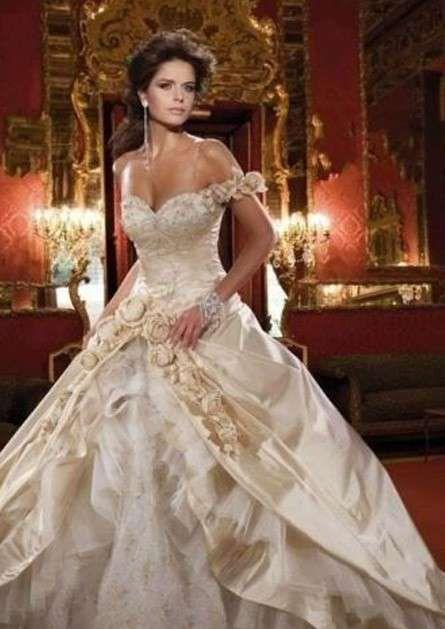 Abiti Da Sposa Modello Principessa Sissi Sposa Pinterest