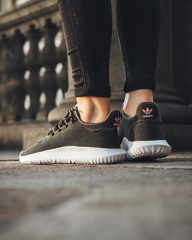 20238de09 Adidas Originals Tubular Shadow W  Utility Grey