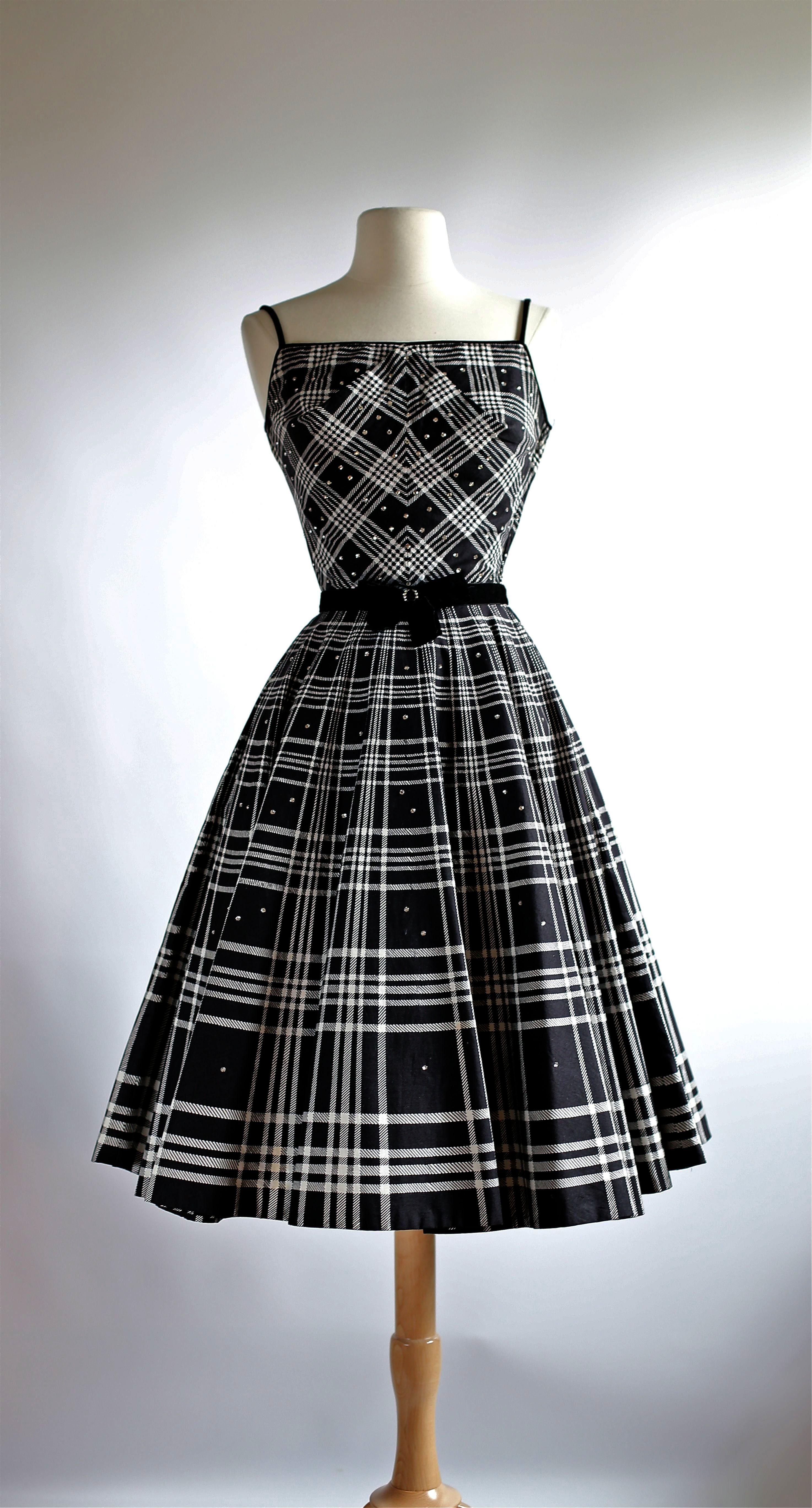 Pin On Dresses [ 5472 x 2947 Pixel ]