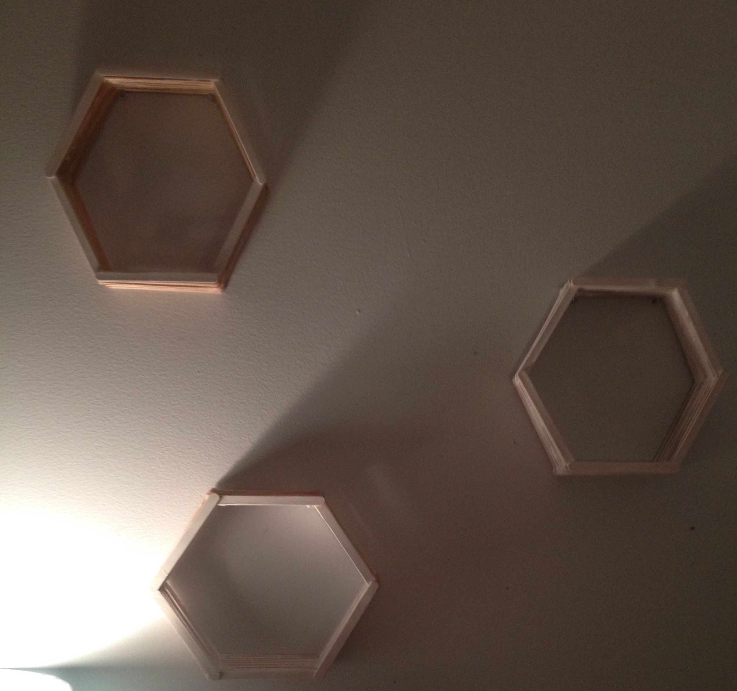 These fun shelves are so easy todo they work really well on a bedroom wall