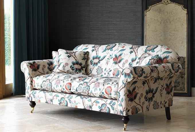 Hinton Sofa In Sanderson Roslyn Wesleybarrell English Sofa Front Room Living Room Decor