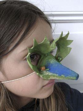 Màscara veneciana amb cartró d'ouera
