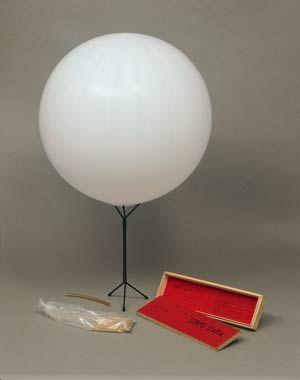 Piero Manzoni || Corpo d'aria ||1959-60 ||Wood box, rubber balloon, mouthpiece and base, 4 7/8 × 16 13/16 × 1 7/8 in ||Attilio Codognato Collection, Venice || Photo Archivio Opera Piero Manzoni ||Courtesy Gagosian Gallery