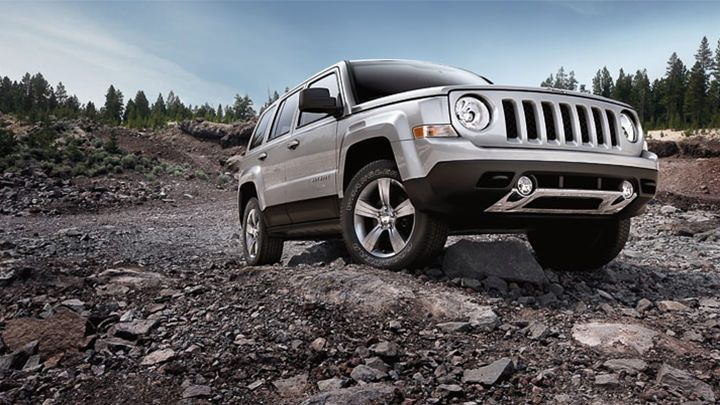 Jeep® Patriot Lets You Adventure Longer With Fuel Efficiency Of Up To 30 Mpg  .