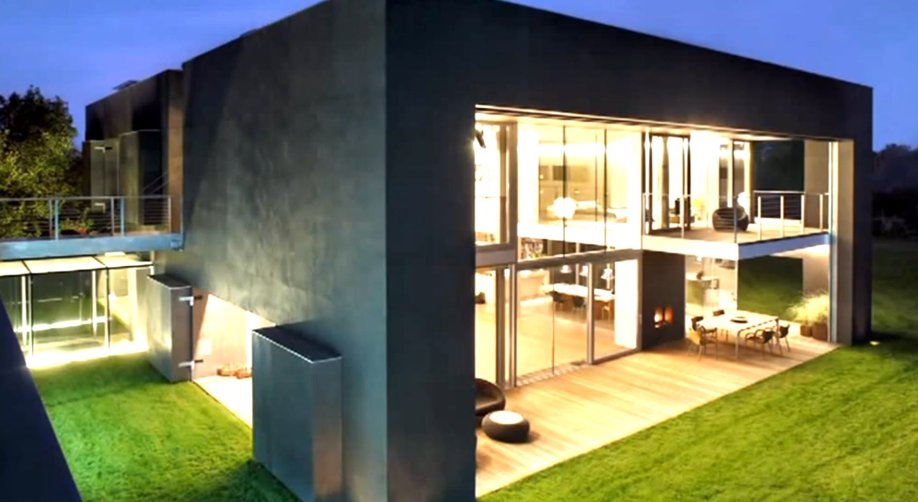 Home Fortress - Safest Home in World! - YouTube   Architektur ...