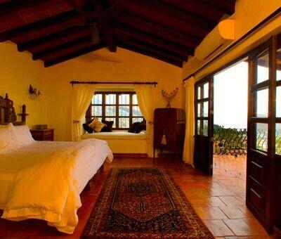 Peaceful bedroom homes pinterest peaceful bedroom for Peaceful master bedroom designs