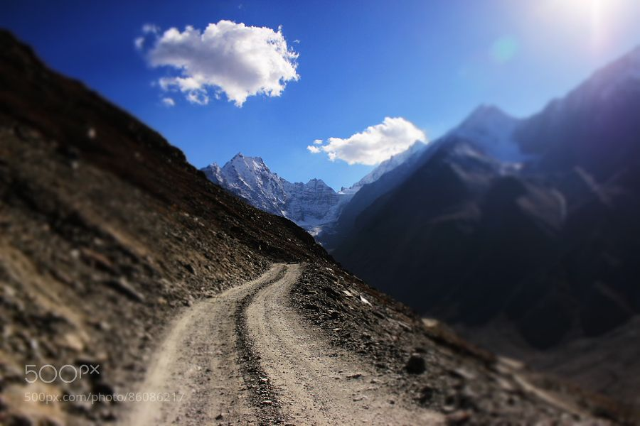 endless road ! by Mahrshiphotography