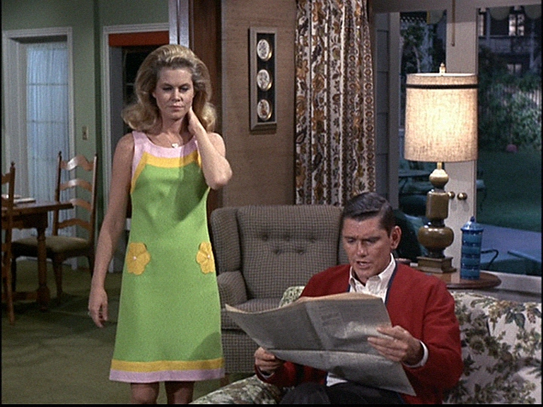 Bewitched: Season 4, Episode 18 Once in a Vial (4 Jan. 1968) Dick York., Elizabeth Montgomery