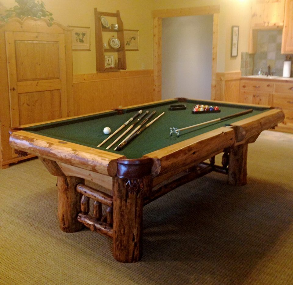 Golden West 4 X 8 Montana Pool Table With Bottle Green Cloth