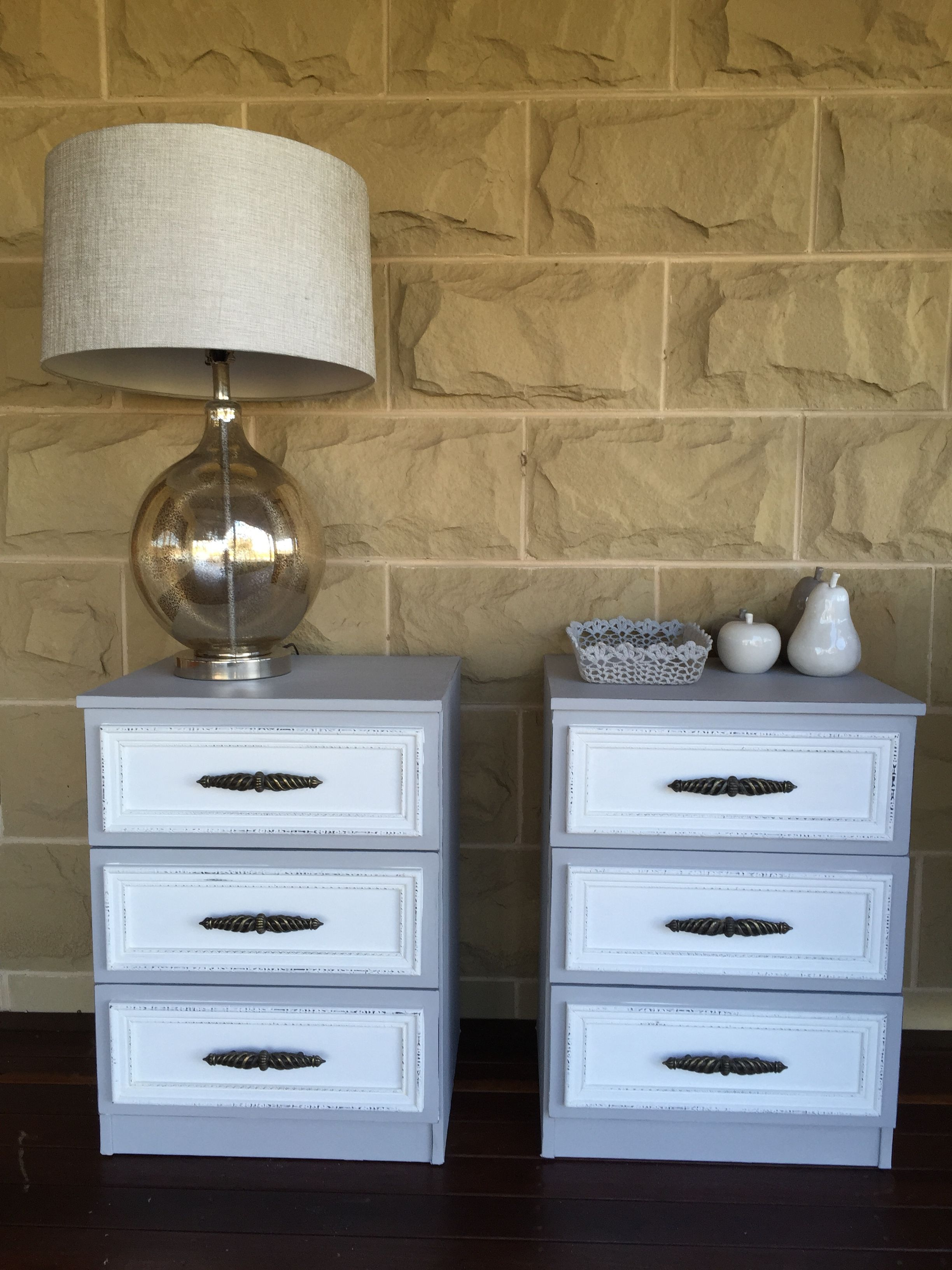 Sensational Vintage Bedside Tables In Annie Sloan Pure White And Paris Download Free Architecture Designs Terstmadebymaigaardcom