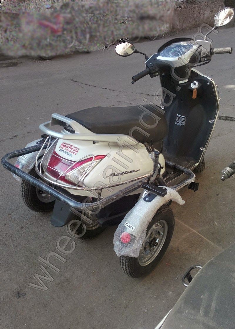 Side wheel attachment electric scooter for use disabled and handicapped persons