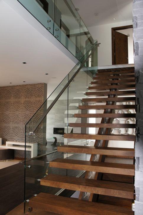 Escalier Maison Pinterest Glass handrail, Outdoor stairs and - avantage inconvenient maison ossature metallique