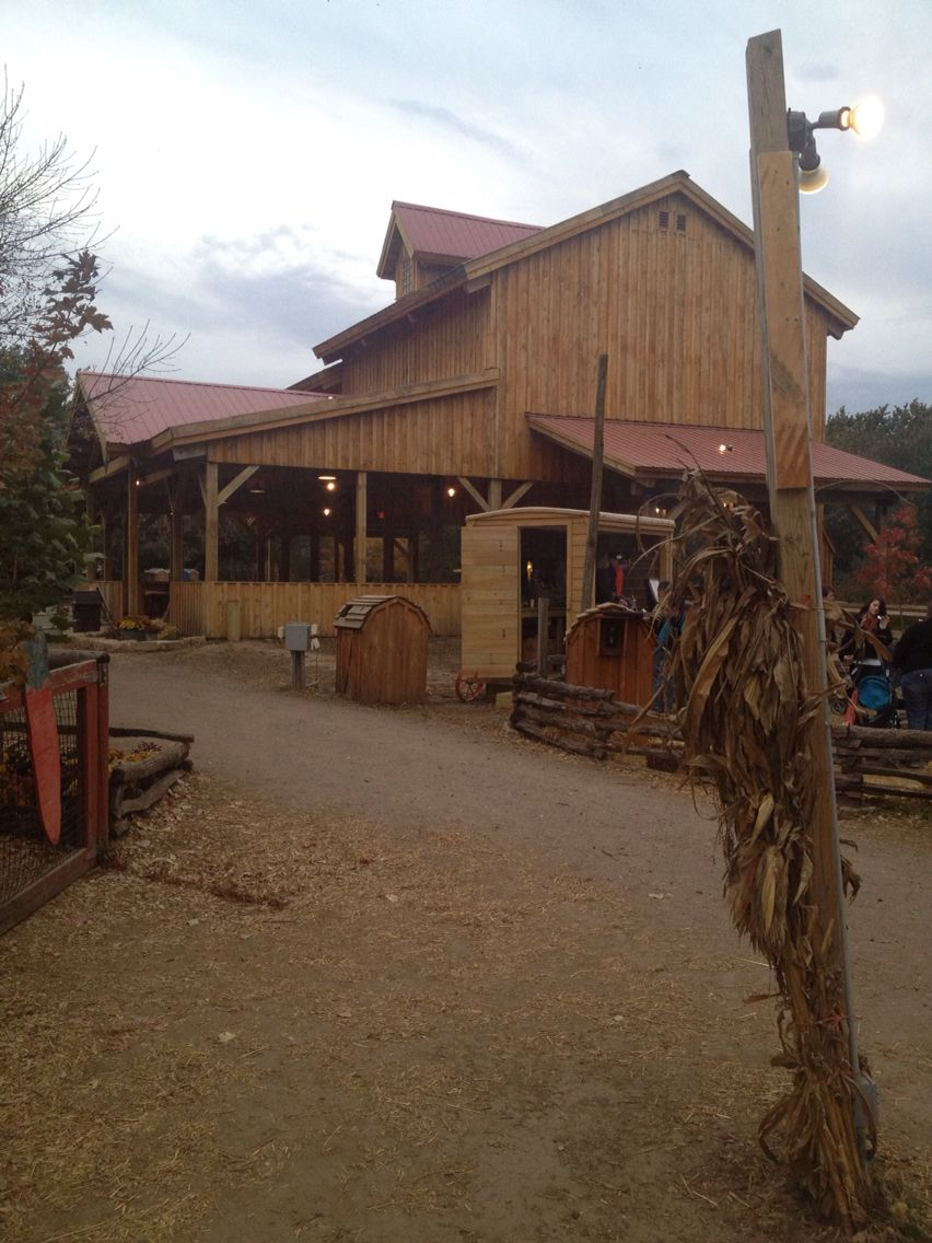 Barn At Vala S Pumpkin Patch In Gretna Nebraska House Styles Nebraska Barn
