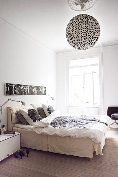 Lamp with dots, Hanne Berzants home  via plateful of love
