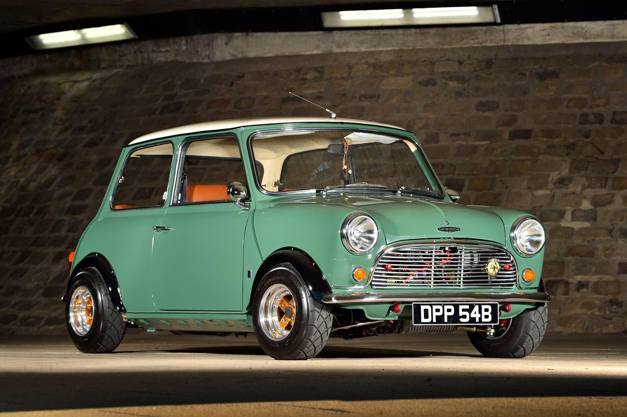 6de688f18d8 Almond green Austin Mini 1330 1275 Metro unit bored +60 to 1330cc ...