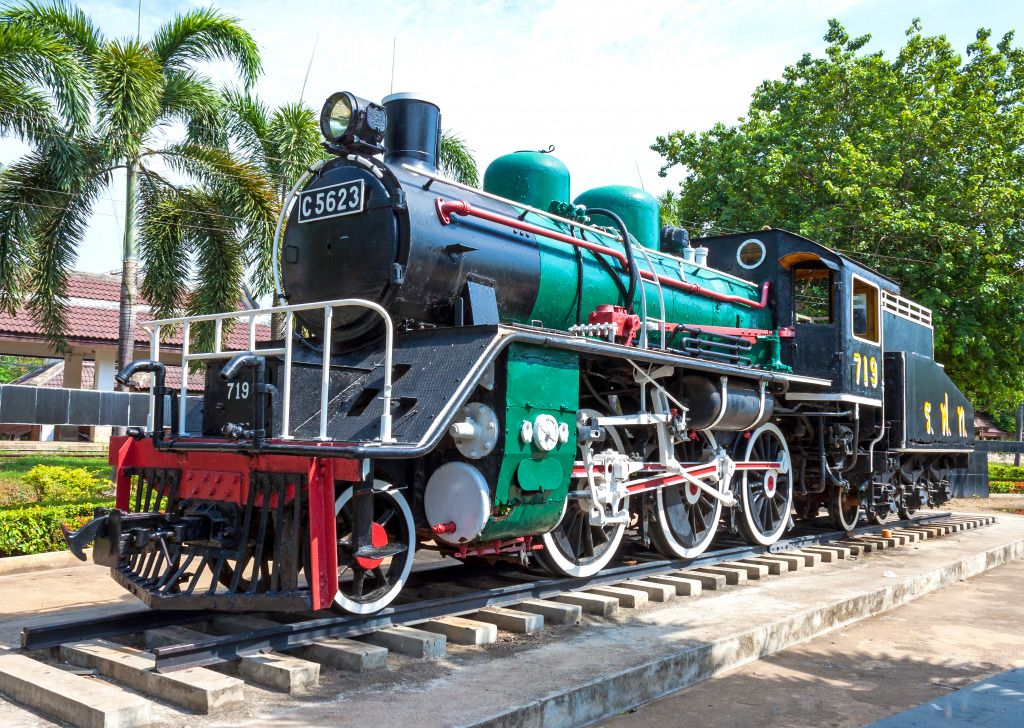 Old Steam Train puzzle in Puzzle of the Day jigsaw puzzles