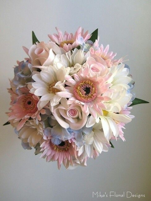 Love This Bouquet White Gerber Daisies Pastel Pink Gerber