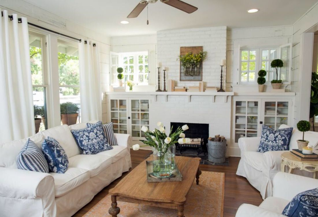 Pin by jacqueline martin on dream life pinterest for Living room designs by joanna gaines
