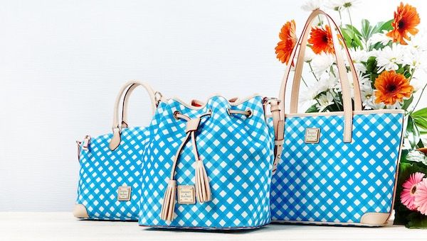 Want to add a fun new purse to your Spring collection? Click here===>