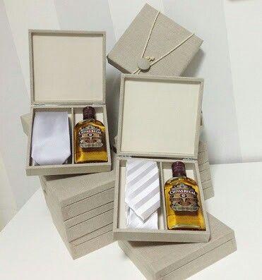 Gravata Mais Mini Whisky Wedding Decor Em 2019 Pinterest