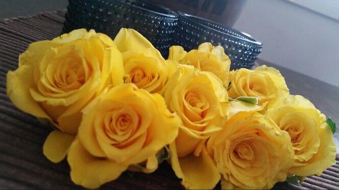 Kukkakoristeita kotona:)