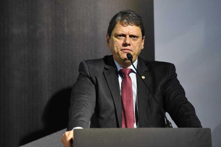ministro da infraestrutura Tarcísio Freitas - rk motors