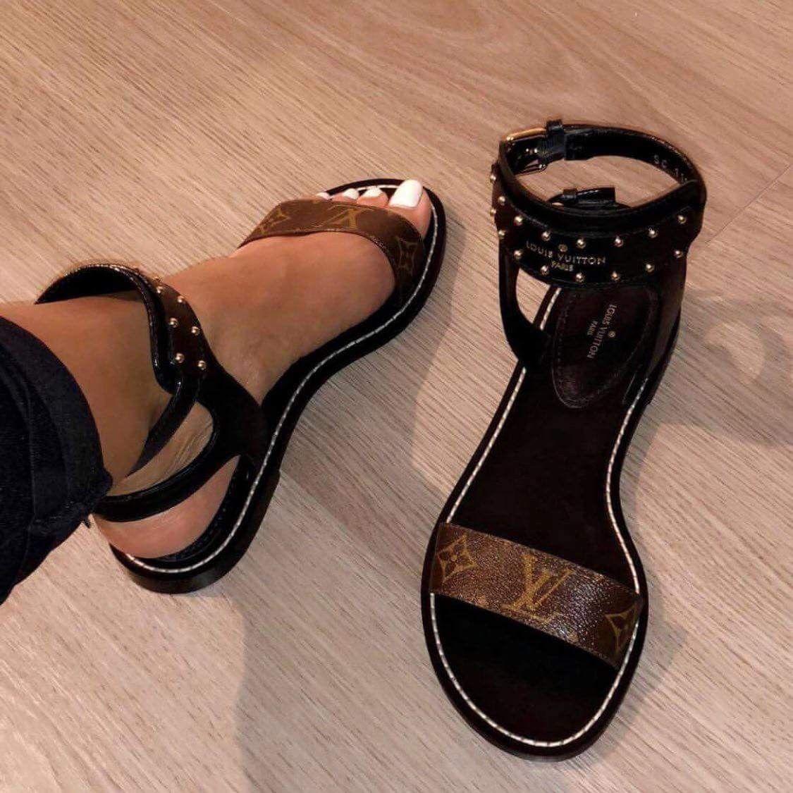 09844a94728a Hokus Pokus DSW Black Elastic Gladiator Sandals Black gladiator sandals.  Gently…