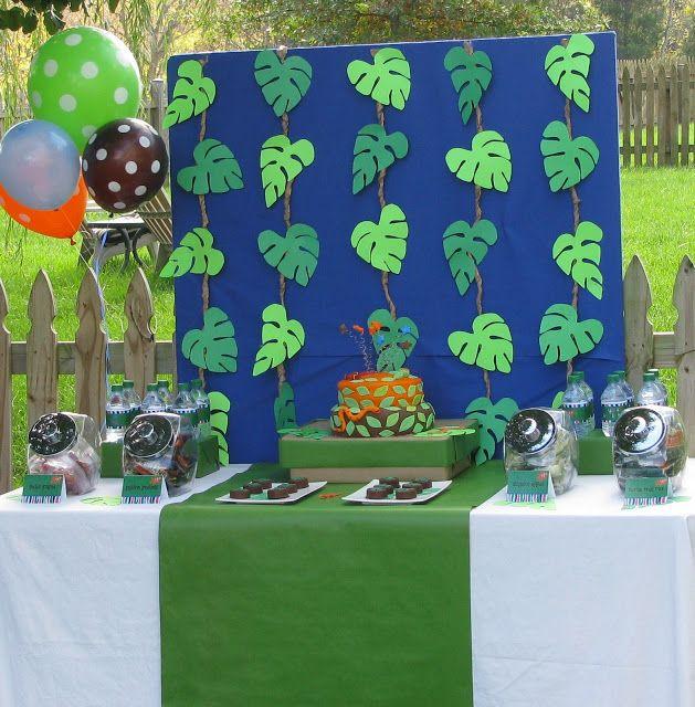 Great diy jungle decorations jungle party feestjes feestje 1e verjaardag - Deco table jungle ...