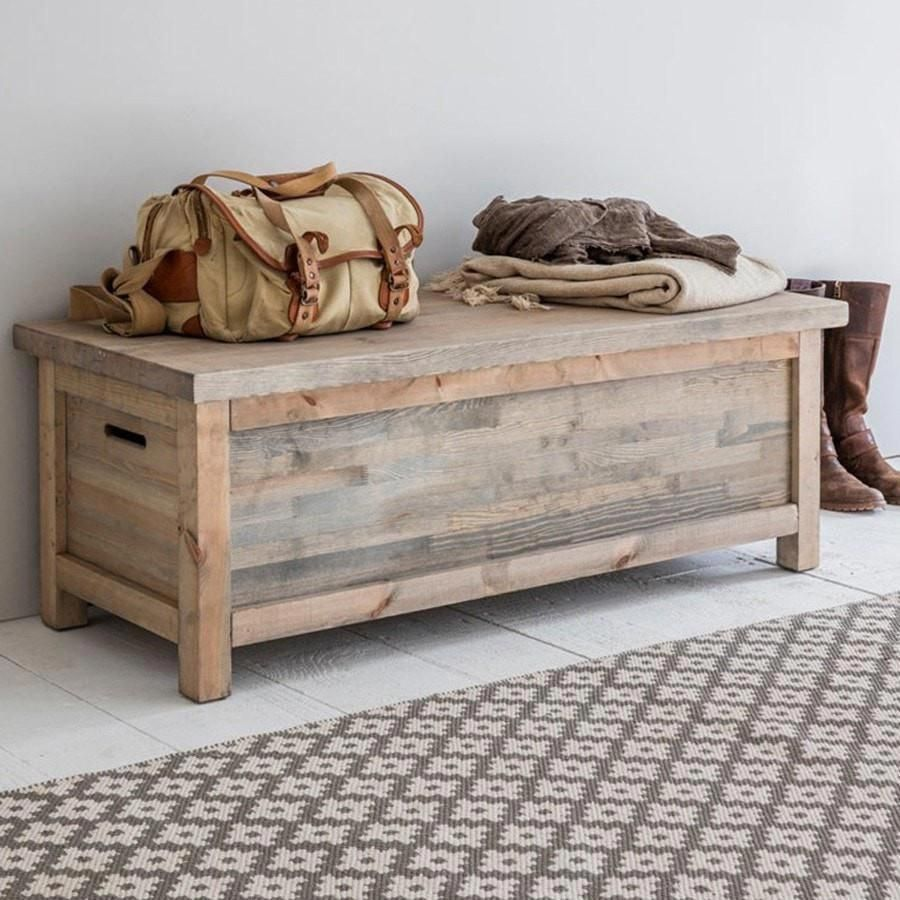 Creative Hallwayideas: Rustic Wooden Storage Bench From The Farthing