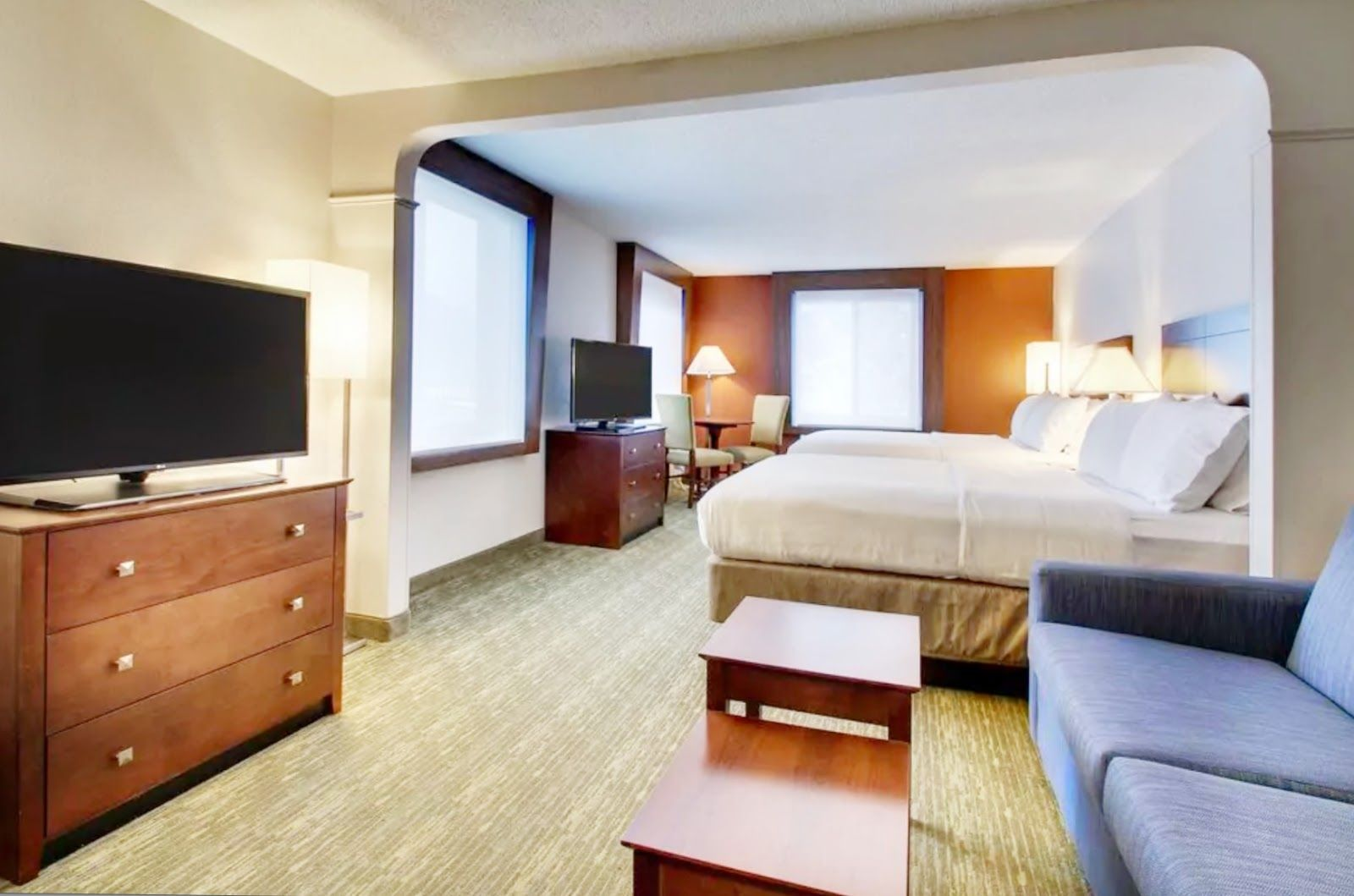 Holiday Inn Express Suites Lincoln East Suites Holiday Inn Inn