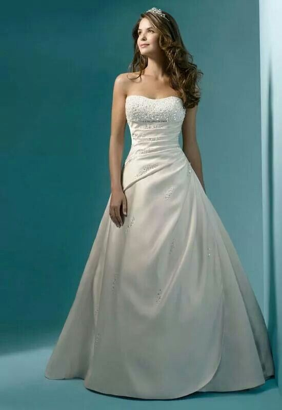Love the simple elegance! Would add little straps though ...