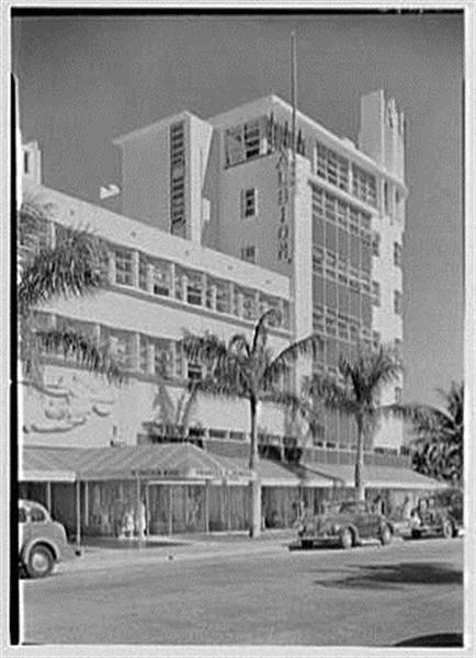 Albion Hotel In Miami Beach 1940