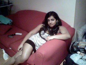 sinhalese-nude-girla-hot-naked-white-mom