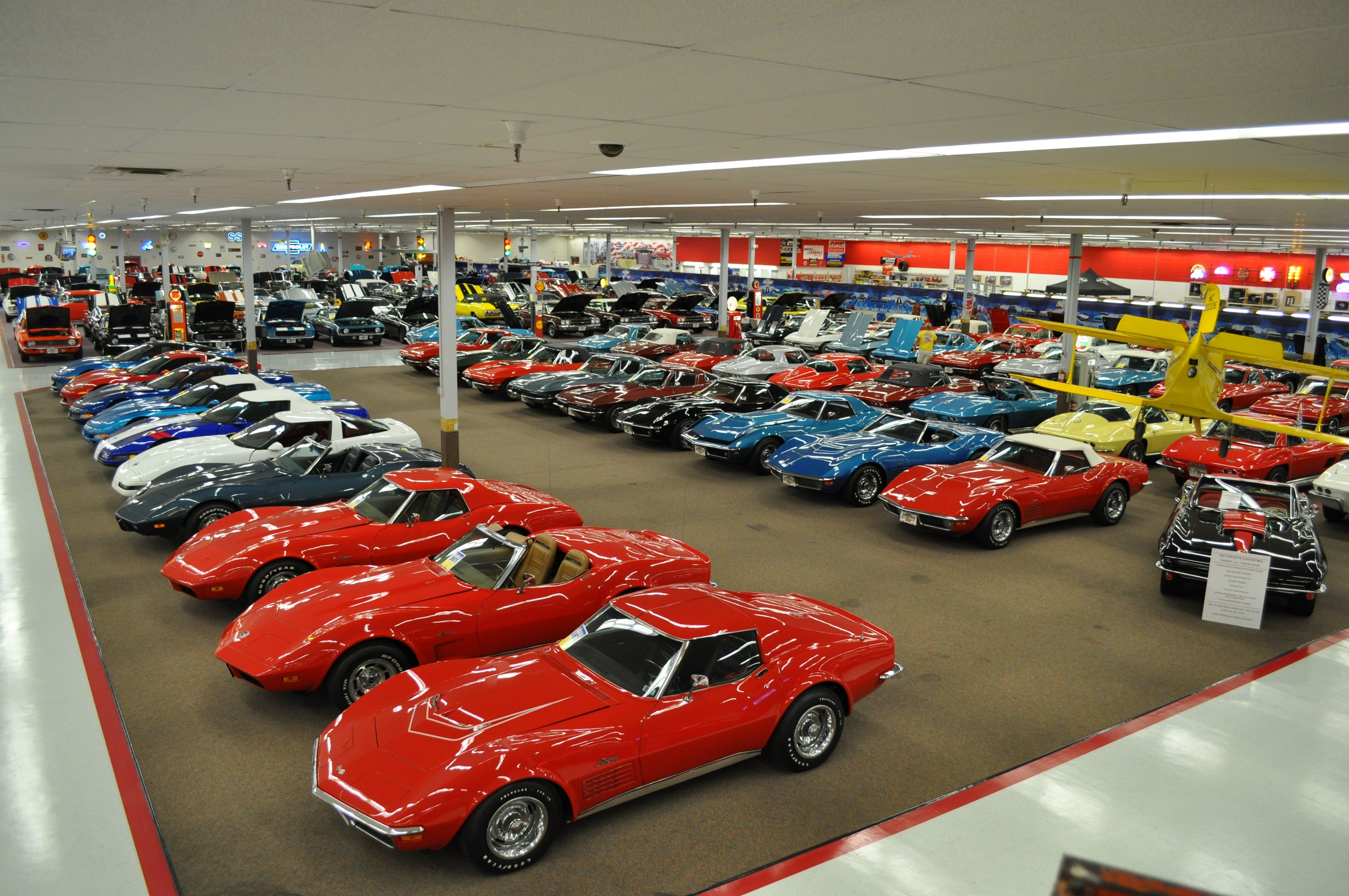 Rick Treworgy S Muscle Car City Has Over 99 000 Squarefeet Of Cars
