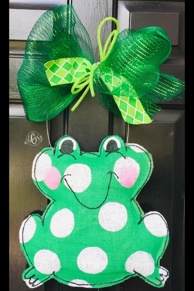 Frog Door Hanger C Whimsy Burlap Door Hangings Burlap Door Hangers Summer Door Hanger
