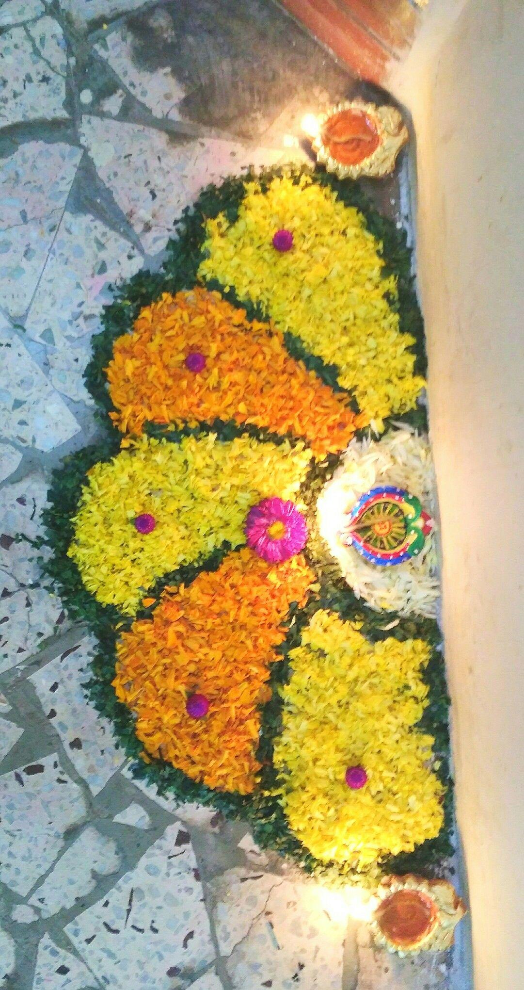 Simple diwali rangoli with flowers Flower rangoli