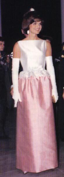 Jackie Kennedy Dresses: JACQUELINE KENNEDY ONASSIS