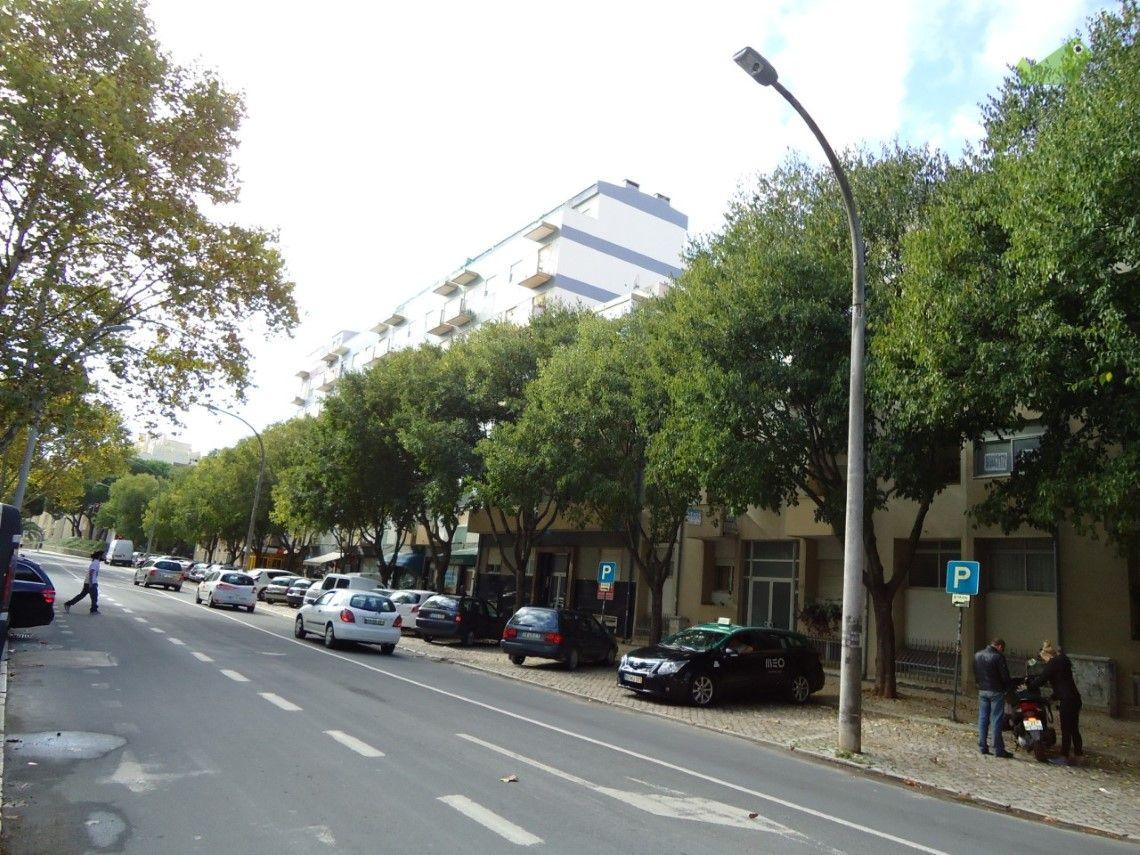 Apartamento T2 Venda 48750€ em Setúbal, S.Julião, N.S. da Anunciada e…