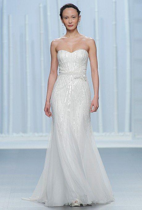 Rosa Clará Wedding Dresses - Spring 2016 - Bridal Runway Shows - Brides.com | Brides