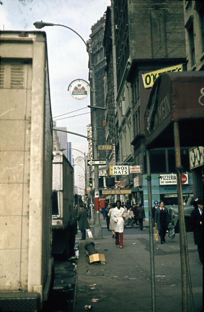 Midtown Manhattan, 31st street -- NYC 1970s