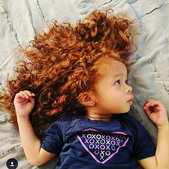 Not my Nibling but still swooning over these adorable red locs from @milaalanna #niblings #niblinglove #niece #niecelove #auntie