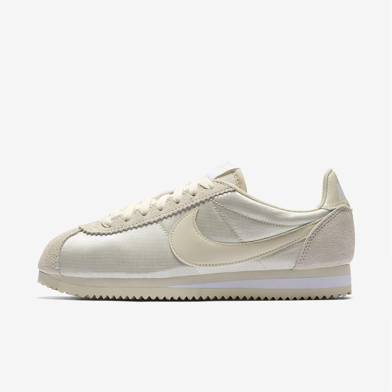 premium selection 95fd7 87f7c Nike Classic Cortez Nylon Womens Shoe - 10.5