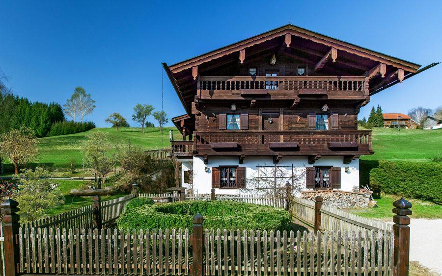 Bauernhaus Salzkammergut In 2020 House Styles
