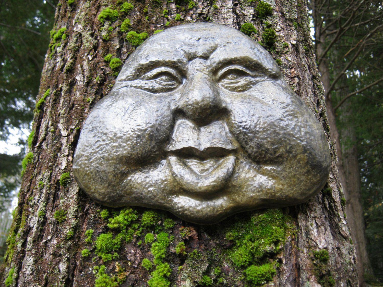 Rock Face Garden Decor, Garden Art, Friendly Face, Concrete Garden Face, Concrete Statue, Cement Rock Face, Hanging Face, Garden Faces is part of Concrete garden Art - WestWindHomeGarden section id 12081401
